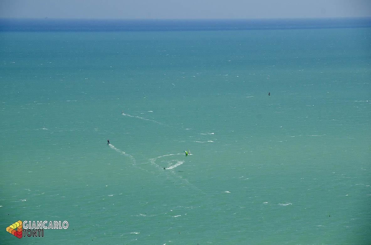 Kitesurfing ©2018 Giancarlo Tonti